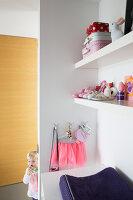 Bildno.: 11326383<br/><b>Feature: 11326350 - Guiding LIne</b><br/>Total revamp of house in Holland<br />living4media / Klazinga, Jansje