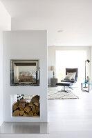 Bildno.: 11342687<br/><b>Feature: 11342672 - Norwegian Glamour</b><br/>Sleek and sumptuous home in Gj&#248;vik, Norway<br />living4media / Annette &amp; Christian