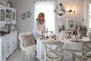 Bildno.: 11349465<br/><b>Feature: 11349445 - Holiday Romance</b><br/>Shabby-chic house in Koblenz, Germany<br />living4media / Craven, Dorothea