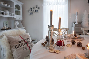 Bildno.: 11349475<br/><b>Feature: 11349445 - Holiday Romance</b><br/>Shabby-chic house in Koblenz, Germany<br />living4media / Craven, Dorothea