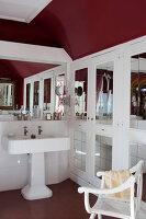 Bildno.: 11350841<br/><b>Feature: 11350807 - Romantic Setting</b><br/>A romantic villa in Rouen, France<br />living4media / Hallot, Olivier
