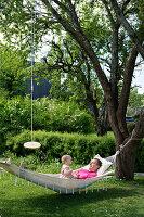 Bildnr.: 11352845<br/><b>Feature: 11352784 - Am Puls der Zeit</b><br/>Die Designerin Elise liebt den skandinavischen Grafik-Stil<br />living4media / M&#246;ller, Cecilia