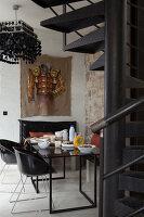 Bildnr.: 11358039<br/><b>Feature: 11358017 - Graffitis im Loft</b><br/>Franz&#246;sisches Loft mit einem Hang zur Extravaganz<br />living4media / Hallot, Olivier