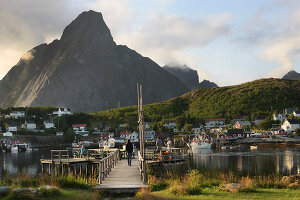 Zdjęcie numer: 11370565<br/><b>Feature: 11370542 - Heaven and Harbour</b><br/>The art of living in Norway&#39;s Lofoten Islands<br />living4media / Nordstrom, Annette