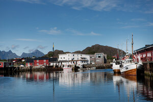 Zdjęcie numer: 11370631<br/><b>Feature: 11370542 - Heaven and Harbour</b><br/>The art of living in Norway&#39;s Lofoten Islands<br />living4media / Nordstrom, Annette