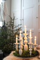 Bildnr.: 11370715<br/><b>Feature: 11370683 - Behagliches Weihnachtsfest</b><br/>Wei&#223;e Weihnachten im Kreis der Familie auf schwedische Art<br />living4media / M&#246;ller, Cecilia