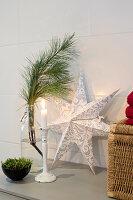 Bildnr.: 11370725<br/><b>Feature: 11370683 - Behagliches Weihnachtsfest</b><br/>Wei&#223;e Weihnachten im Kreis der Familie auf schwedische Art<br />living4media / M&#246;ller, Cecilia