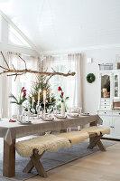 Bildnr.: 11370741<br/><b>Feature: 11370683 - Behagliches Weihnachtsfest</b><br/>Wei&#223;e Weihnachten im Kreis der Familie auf schwedische Art<br />living4media / M&#246;ller, Cecilia