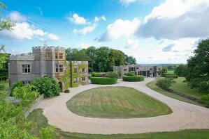 Bildnr.: 11388793<br/><b>Feature: 11388772 - Mein Haus - mein Schloss</b><br/>Ehemaliges Jagdanwesen in Dorset<br />living4media / Cox, Stuart