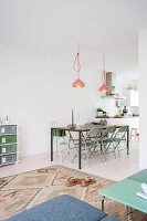 Bildno.: 11389587<br/><b>Feature: 11389566 - Savvy Living</b><br/>Bright and quirky family home in the Netherlands<br />living4media / Marder, Holly