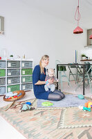 Bildno.: 11389607<br/><b>Feature: 11389566 - Savvy Living</b><br/>Bright and quirky family home in the Netherlands<br />living4media / Marder, Holly