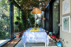 Bildno.: 11392715<br/><b>Feature: 11392685 - Missoni Magic</b><br/>Designer&#39;s house in Como, Italy<br />living4media / Cimarosti, Brando