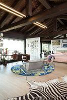 Bildno.: 11392731<br/><b>Feature: 11392685 - Missoni Magic</b><br/>Designer&#39;s house in Como, Italy<br />living4media / Cimarosti, Brando