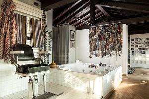 Bildno.: 11392737<br/><b>Feature: 11392685 - Missoni Magic</b><br/>Designer&#39;s house in Como, Italy<br />living4media / Cimarosti, Brando