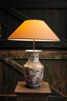 Bildno.: 11395213<br/><b>Feature: 11395155 - Lamp Heaven</b><br/>Handcrafted lamps for every d&#233;cor<br />living4media / Mertoglu, Bodo
