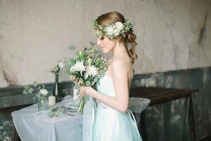 Bildno.: 11399551<br/><b>Feature: 11399471 - Floral Temptations</b><br/>Wedding accessories to complement the big day<br />living4media / Dogadaeva, Elizaveta