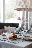 Bildno.: 11404429<br/><b>Feature: 11404388 - Northern Glamour</b><br/>Harmonious home on the Oslo Fjord in Norway<br />living4media / Nordstrom, Annette