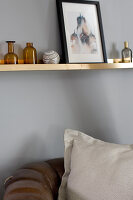 Bildno.: 11404439<br/><b>Feature: 11404431 - One Room, One Dream</b><br/>Grey is the dominent colour of this bedroom d&#233;cor<br />living4media / Annette &amp; Christian