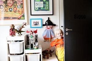 Bildnr.: 11407585<br/><b>Feature: 11407569 - D&#228;nisches-Design</b><br/>Dem Haus sieht man an, dass hier eine skandinavische Familie wohnt, Aarhus<br />living4media / Brandt, Jenny