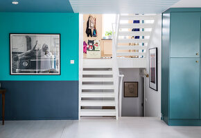 Bildno.: 11409211<br/><b>Feature: 11409190 - Nordic Colours</b><br/>A townhouse in Stockholm full of colour for a young family<br />living4media / Brandt, Jenny