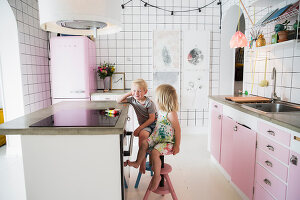 Zdjęcie numer: 11409251<br/><b>Feature: 11409243 - The Playful Home</b><br/>A young family creates one big playpen in Sweden<br />living4media / Brandt, Jenny