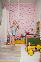 Bildno.: 11409279<br/><b>Feature: 11409243 - The Playful Home</b><br/>A young family creates one big playpen in Sweden<br />living4media / Brandt, Jenny