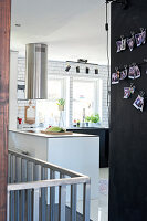 Bildno.: 11409691<br/><b>Feature: 11409690 - Online Renovation</b><br/>Finding inspiration for ideas online for a house in Link&#246;ping, Sweden<br />living4media / M&#246;ller, Cecilia