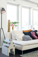 Bildno.: 11409717<br/><b>Feature: 11409690 - Online Renovation</b><br/>Finding inspiration for ideas online for a house in Link&#246;ping, Sweden<br />living4media / M&#246;ller, Cecilia