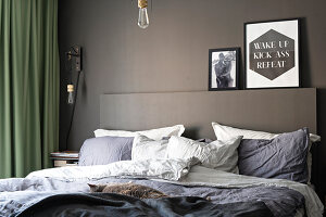 Bildno.: 11409733<br/><b>Feature: 11409690 - Online Renovation</b><br/>Finding inspiration for ideas online for a house in Link&#246;ping, Sweden<br />living4media / M&#246;ller, Cecilia