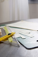 Bildno.: 11410229<br/><b>Feature: 11410216 - Drifting Toward Christmas</b><br/>DIY driftwood tree offers an exciting alternative to the traditional fir tree<br />living4media / Algermissen, Astrid