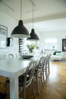 Bildno.: 11415741<br/><b>Feature: 11415717 - Swedish by Design</b><br/>Swedish home full of life and light<br />living4media / Miguel Varanda