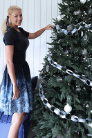 Bildno.: 11415935<br/><b>Feature: 11415922 - An Indigo Christmas</b><br/>Many ideas for making it a blue holiday season this year<br />living4media / Nordstrom, Annette