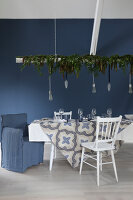 Bildno.: 11415941<br/><b>Feature: 11415922 - An Indigo Christmas</b><br/>Many ideas for making it a blue holiday season this year<br />living4media / Nordstrom, Annette
