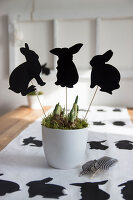 Bildno.: 11420169<br/><b>Feature: 11420156 - Rabbit Runner</b><br/>DIY project shows how to make a runner perfect for the Easter holidays<br />living4media / Algermissen, Astrid