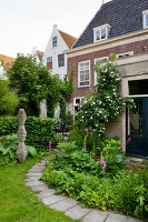 Bildno.: 11424003<br/><b>Feature: 11424002 - Touch of Green</b><br/>Comfortable home and garden in Leiden, The Netherlands<br />living4media / Kooijman, Peter