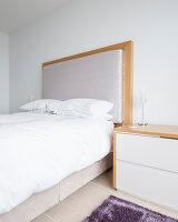 Bildnr.: 11429353<br/><b>Feature: 11429291 - Darf&#39;s noch etwas mehr sein?</b><br/>Luxushaus mit Pool, Bar und Meerblick in Bournemouth, UK<br />living4media / Cox, Stuart