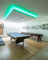 Bildnr.: 11429387<br/><b>Feature: 11429291 - Darf&#39;s noch etwas mehr sein?</b><br/>Luxushaus mit Pool, Bar und Meerblick in Bournemouth, UK<br />living4media / Cox, Stuart