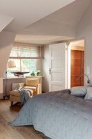 Bildno.: 11436871<br/><b>Feature: 11436853 - Hamburg High</b><br/>Villa with a view in Hamburg&#39;s elegant neighbourhood<br />living4media / Moog &amp; van Deelen
