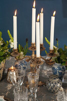 Bildno.: 11440627<br/><b>Feature: 11440613 - The Holiday Table</b><br/>Trendy looks for setting the holiday table<br />living4media / Great Stock!