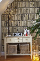Bildno.: 11447113<br/><b>Feature: 11447100 - Hampshire Christmas</b><br/>British family decorate their cottage with a touch of English charm<br />living4media / Imri, Tim