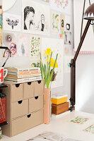 Bildnr.: 11447459<br/><b>Feature: 11447452 - Illustres Zuhause</b><br/>Kinderbuchautorin Linda liebt auch zuhause grafische Elemente, Schweden<br />living4media / M&#246;ller, Cecilia