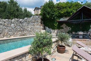 Bildno.: 11451977<br/><b>Feature: 11451948 - Lakeside Living</b><br/>Spectacular home on the western shore of Lake Garda, Italy<br />living4media / studiow&#228;lder