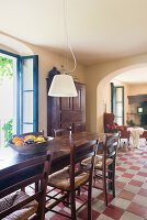 Bildno.: 11451995<br/><b>Feature: 11451948 - Lakeside Living</b><br/>Spectacular home on the western shore of Lake Garda, Italy<br />living4media / studiow&#228;lder