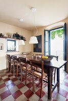 Bildno.: 11451997<br/><b>Feature: 11451948 - Lakeside Living</b><br/>Spectacular home on the western shore of Lake Garda, Italy<br />living4media / studiow&#228;lder