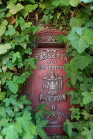 Bildno.: 11452027<br/><b>Feature: 11451948 - Lakeside Living</b><br/>Spectacular home on the western shore of Lake Garda, Italy<br />living4media / studiow&#228;lder