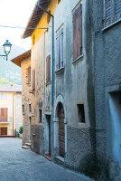 Bildno.: 11452047<br/><b>Feature: 11451948 - Lakeside Living</b><br/>Spectacular home on the western shore of Lake Garda, Italy<br />living4media / studiow&#228;lder