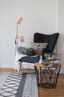Bildno.: 11459485<br/><b>Feature: 11459484 - Decorative Touch</b><br/>Scandinavian style living room in Vienna<br />living4media / Wiener Wohnsinn