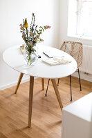 Bildno.: 11459495<br/><b>Feature: 11459484 - Decorative Touch</b><br/>Scandinavian style living room in Vienna<br />living4media / Wiener Wohnsinn