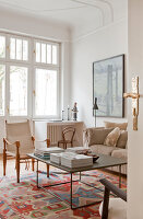 Bildno.: 11500343<br/><b>Feature: 11500301 - Pearls and Cream</b><br/>Soothing colours enhance this Berlin apartment<br />living4media / Scoffoni, Anne-Catherine