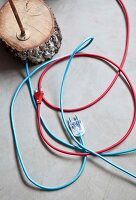 Bildnr.: 11501845<br/><b>Feature: 11501838 - Eine Einladung an die Natur</b><br/>Laetitia hat Zuhause eine Mischung aus Natur- und Design-Objekten, bei Marseille<br />living4media / Scoffoni, Anne-Catherine
